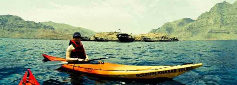 dhow cruise with kayaking